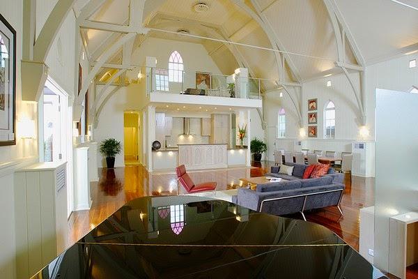 بازسازی-ساختمان-کلیسا-منزل