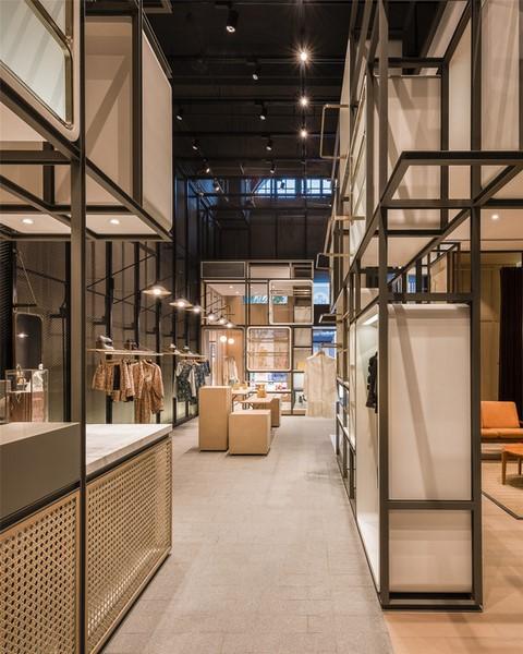 دکوراسیون داخلی نمایشگاه مد
